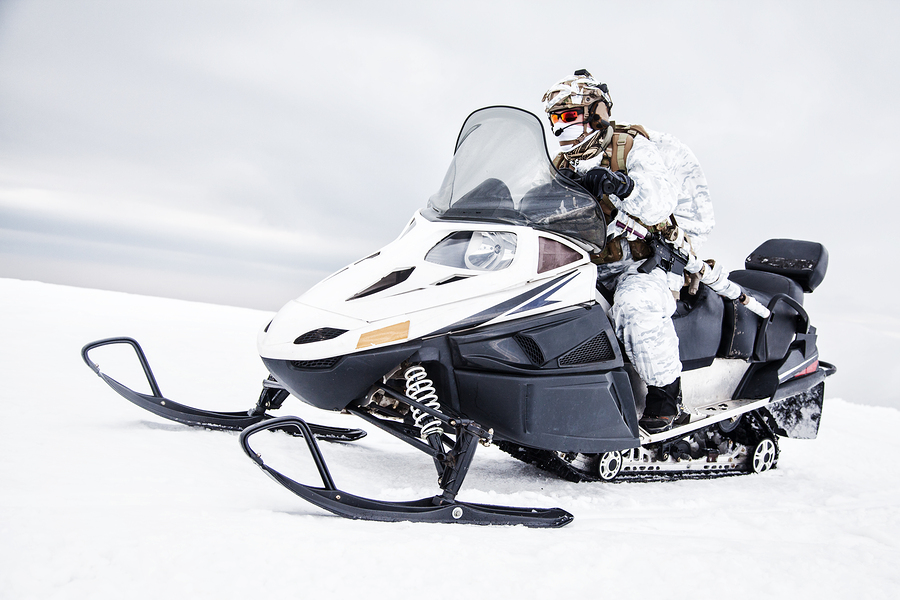 Clip-Lok_Returnable_Packaging_Snowmobiles